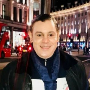 Whose Ghost is This? Oh It's Sammy Sosa Thumbnail